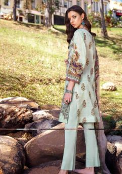 Iznik Luxury Lawn 08